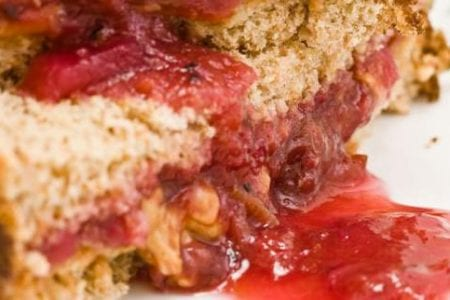 peanut-butter-jelly-sandwiche