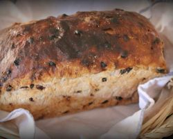 blueberry-banana-muesli-loaf