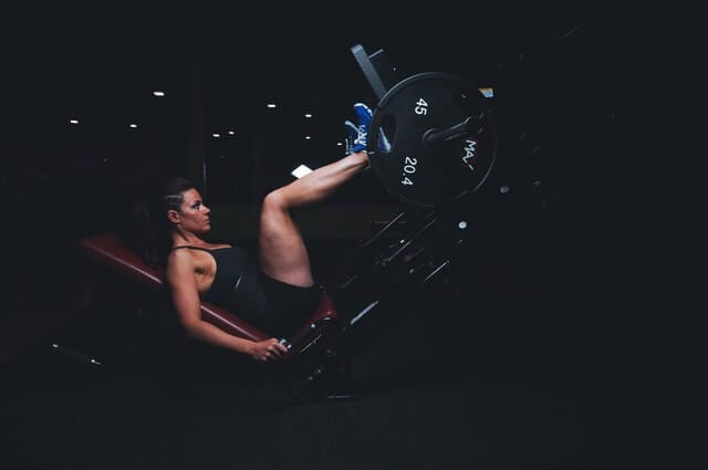 women leg workout at gym - Your Ultimate Guide in Choosing the Best Gym Clothes