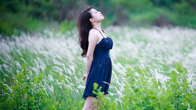 women enjoying nature - 10 Health Benefits of taking a Foot Massage