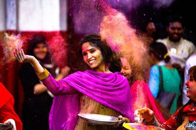 Holi Dance India - 8 Health Benefits of Dancing