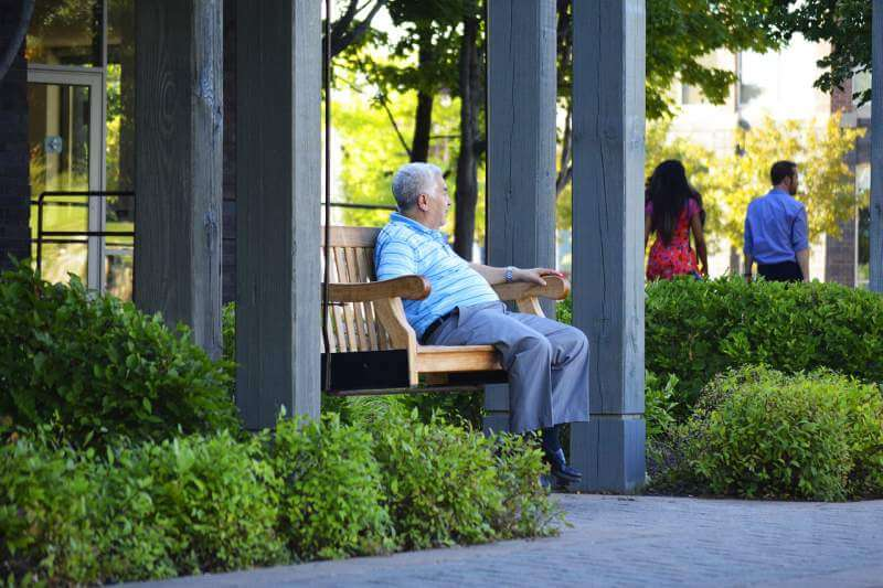 Old-Man-Sitting in Park