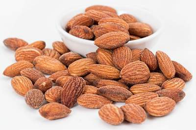 almonds-nuts-roasted-salted