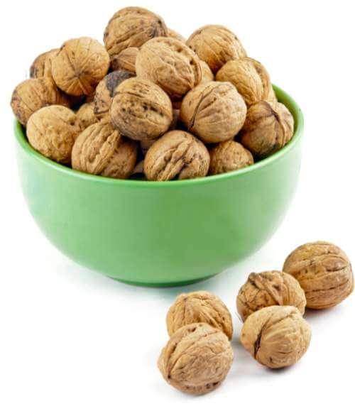 walnuts-in-dish