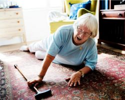 elderly-woman-fell-on-the-floor