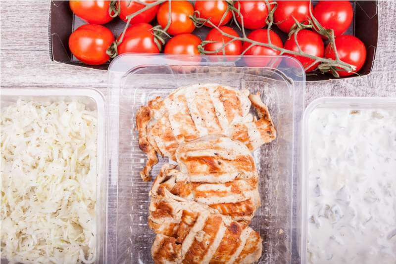 lunch-packed-in-different-boxes