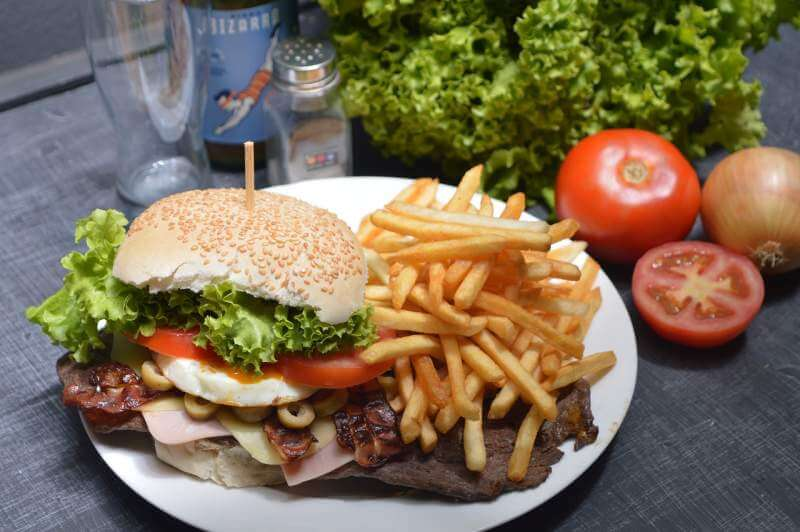 burger-french-fries-potato-chips