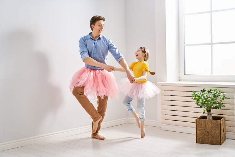 father-and-daughter-playing