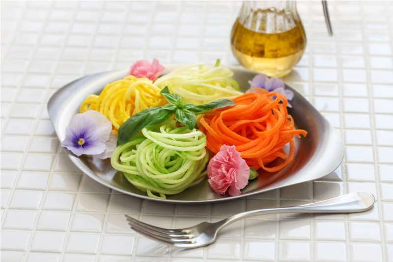 healthy-diet-vegetable-noodles-salad
