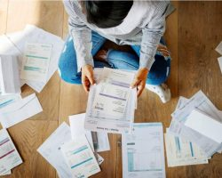 woman-managing-the-debt