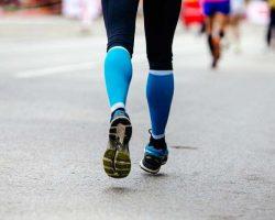 back-feet-woman-runner