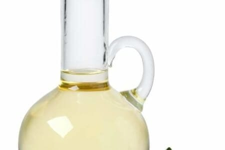 bottle-with-safflower-oil