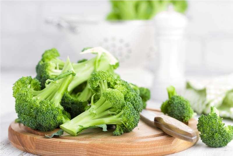 fresh-broccoli-on-white-background-closeup