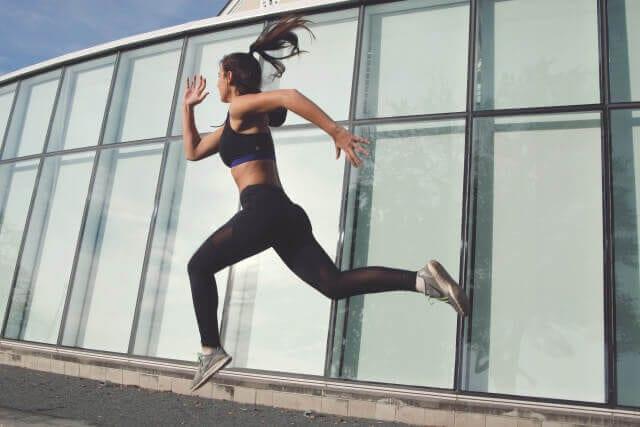 women running fast