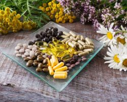 ayurvedic-herbal-pills-as-healthy-life-concept