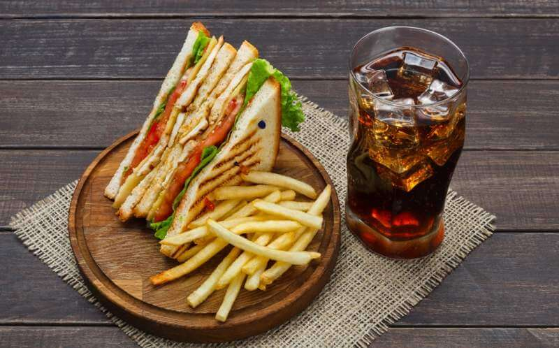 fast-food-meals-at-sandwich-bar-fries-and-cola