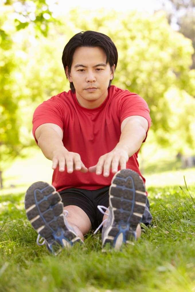 asian-man-exercising