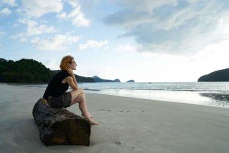 loneliness-woman-beach-portrait
