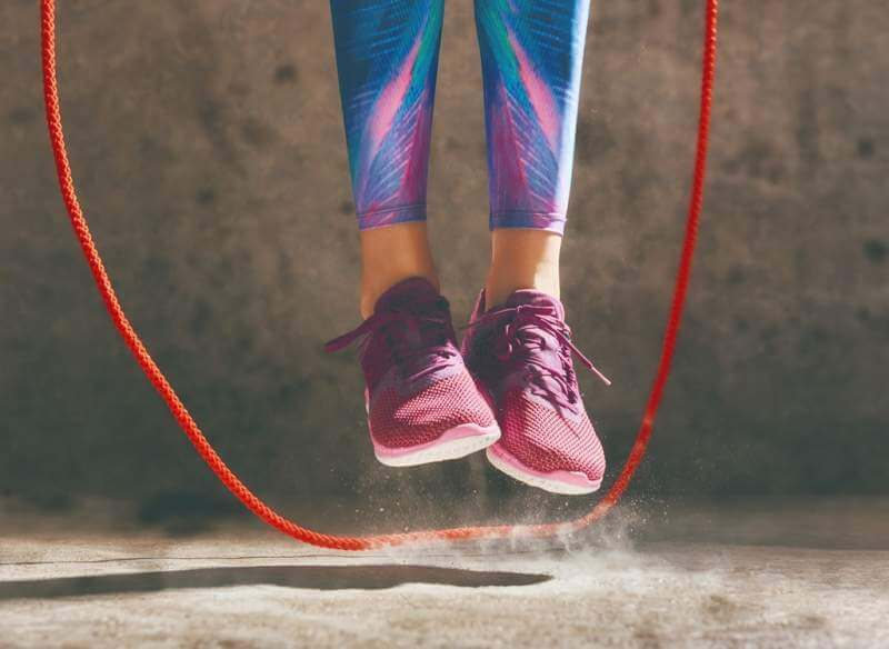 woman-with-skipping-rope