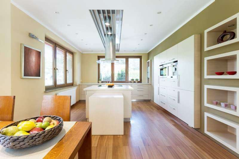 bright-functional-kitchen-with-kitchen