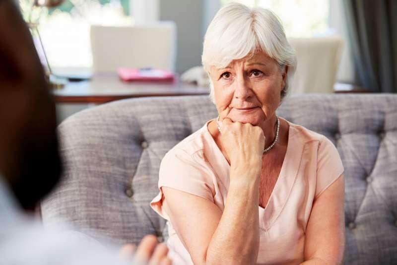 depressed-senior-woman-having-therapy