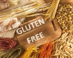gluten-free-food-various-pasta-bread-and-snacks