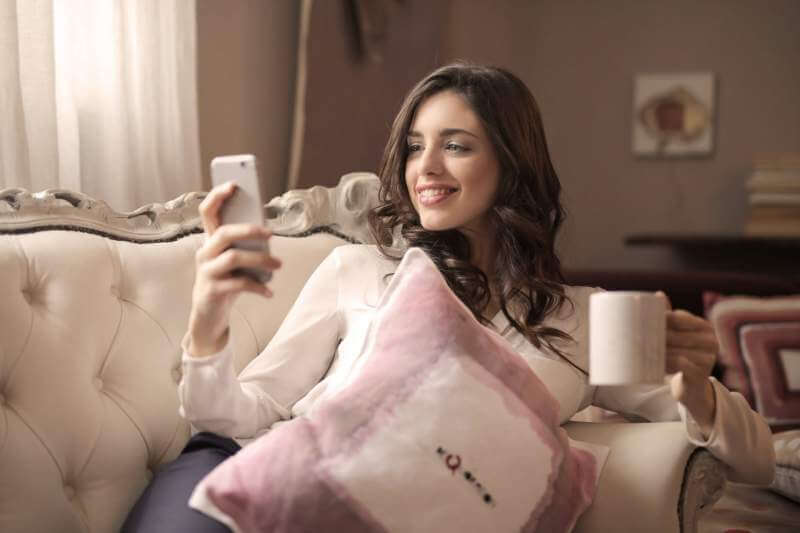 Happy Women home mobile