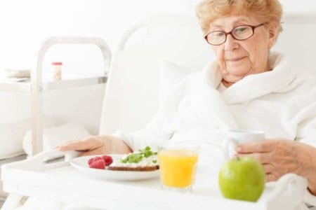 elder-eating-meal-at-hospital