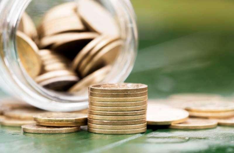 retirement-income-concept-gold-money-coins