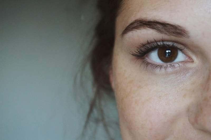 Freckles-eyes