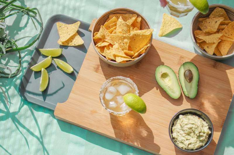 fresh-guacamole-and-corn-chips-for-cinco-de-may